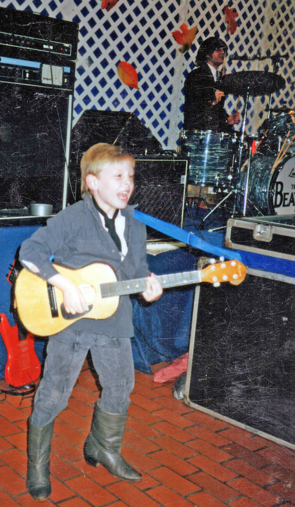 Beatles-side-of-stage-fixed.jpg
