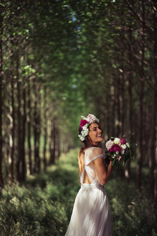 Weddings_In_The_Wyldes_Adj_Brown_bride6.jpg