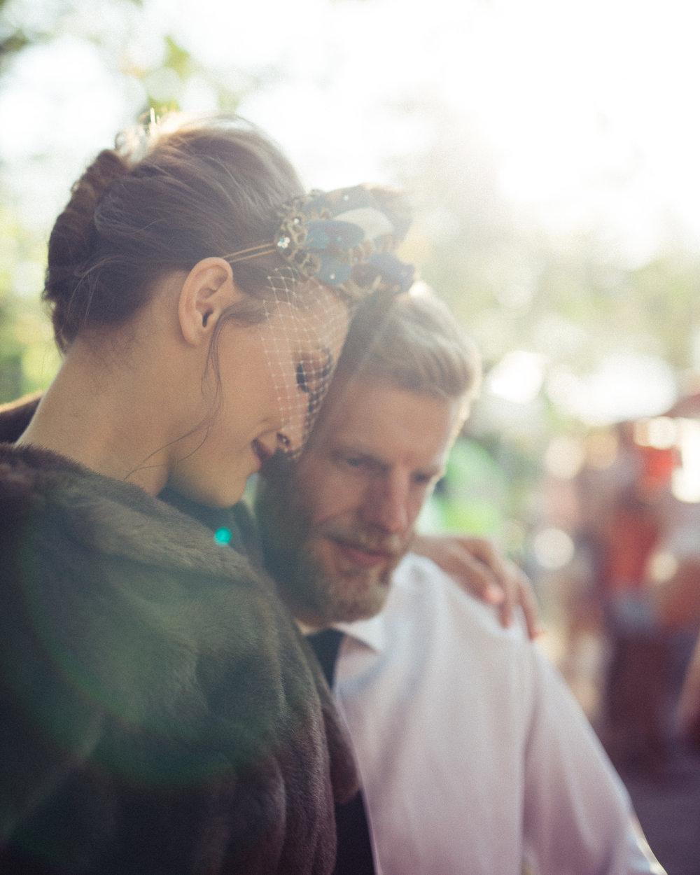 Weddings_In_The_Wyldes_Adj_Brown_couple4.jpg