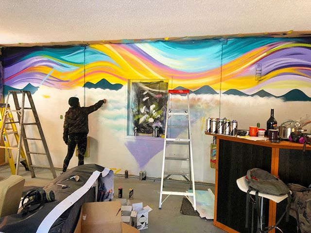 Wait til it's done 😱 ⠀ ⠀ #tripdip#spraypaint#mural#artsrevelstoke#streetart#graffitiart#turbobambi#colourfulart#mountainlife#landscapeart#therealstoke#loopcolours#visualorgasm