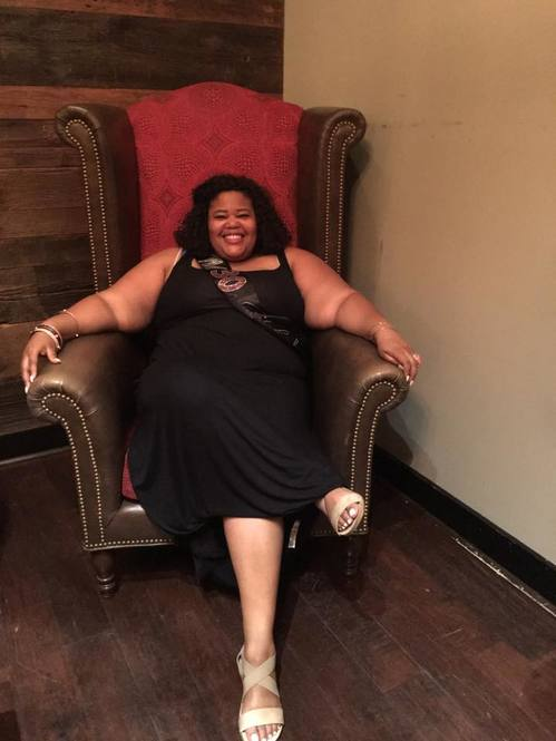 Me just doing what queens do best... Owning the throne. #BossQueenAlert