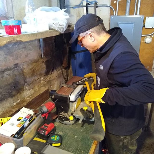 We added an April 27th Sharpening Class in Red Wing, MN.  Join us; learn to sharpen hand tools. $70 ... Limited to 6 Students ... Pre-registration Required  https://www.andersontimberworks.com/timber-frame-framing-class-sign-up/tool-sharpening-amp-intro-to-timber-frame-joints-prral