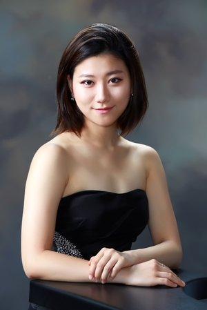 Yenny Lee