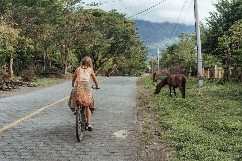 Christina Macpherson, a stay at Slvista on a visit to Ometepe, by Tom Patterson NZ
