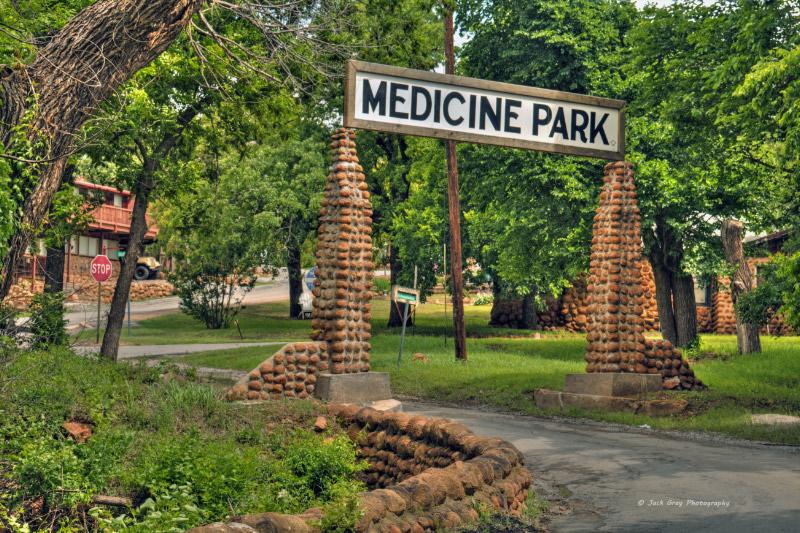 Medicine-Park-entrance.jpg