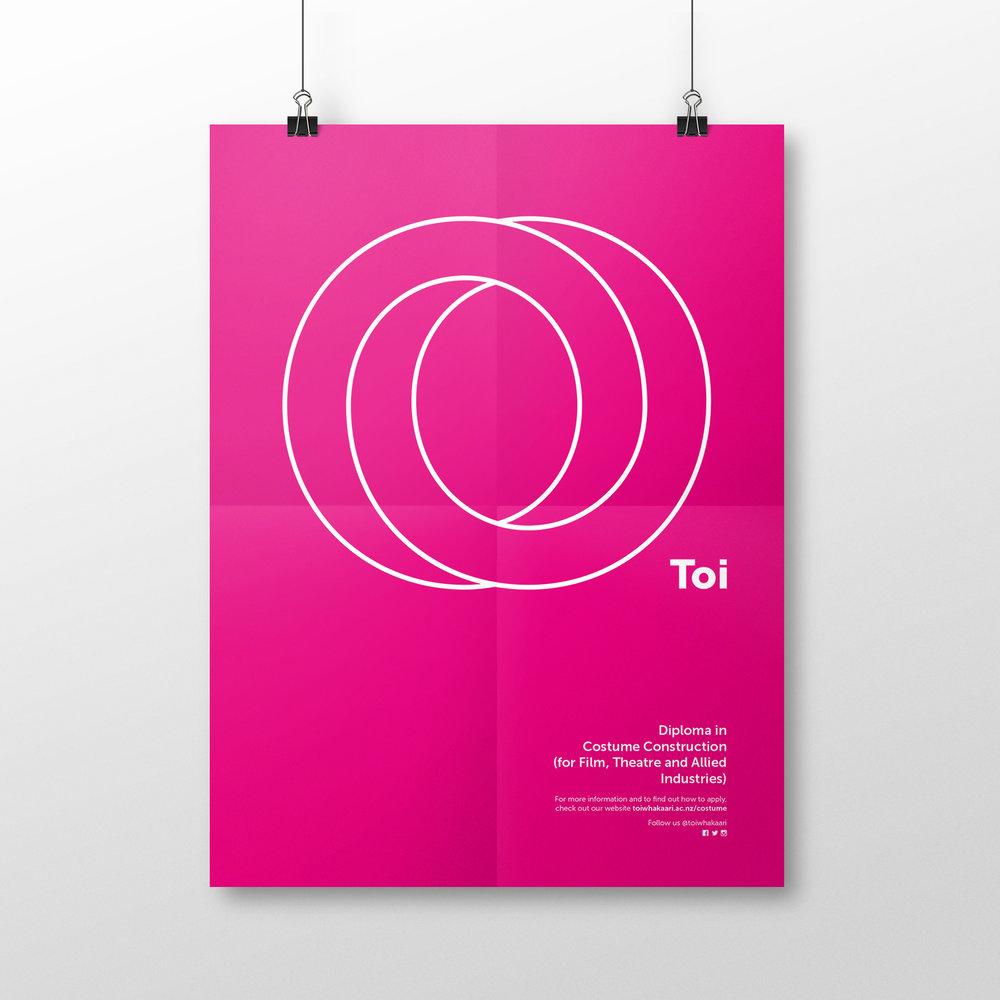 Toi-Poster Costume-2.jpg