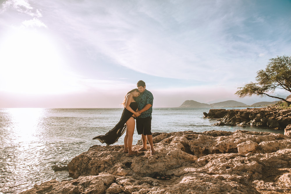 Hawai'i maternity photography