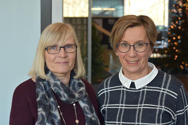 If:s chef för arbetshälsa Irma Saarinen (till vänster) och Mehiläinens företagshälsovårdare Leena Lammi