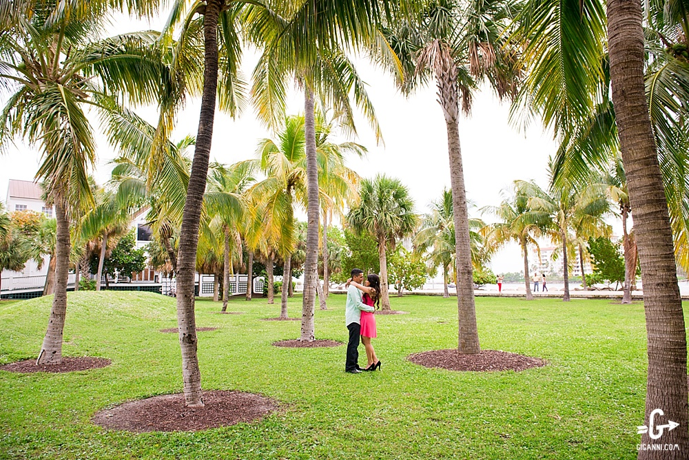 south-pointe-park-miami-engagement-photographer_0287.jpg