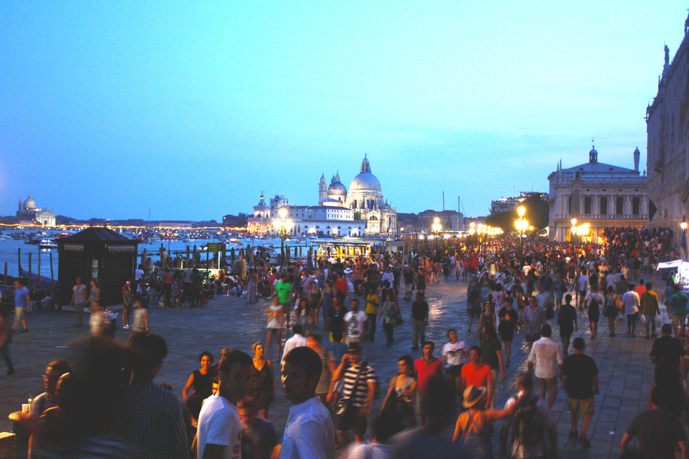 Crowds in Venice | Why I don't Like Venice | The Lavorato Lens