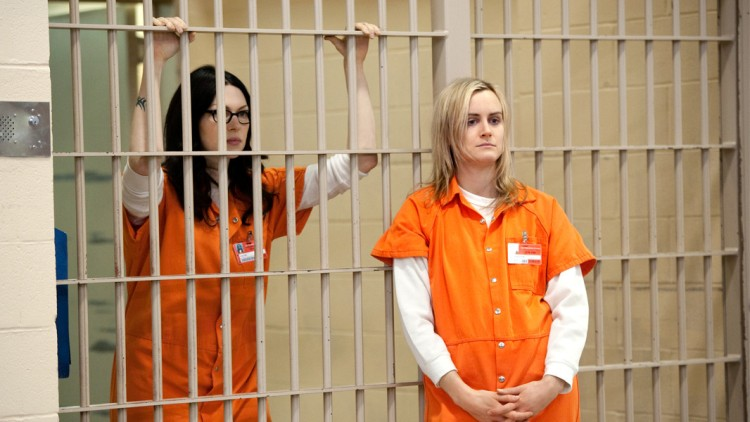 orange-is-the-new-black-canceled-hoax-laura-prepon-taylor-schilling-netflix