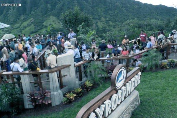 jurassic-world-park-cam-gives-glimpses-inside-the-park