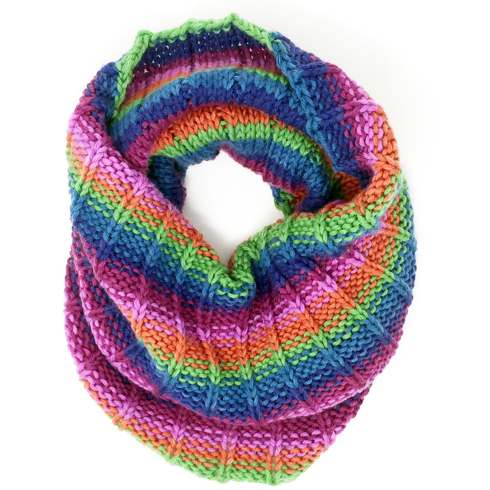 Hand-knit Cowl Sample Image