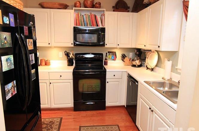 Bracey by Design - Kitchen Before