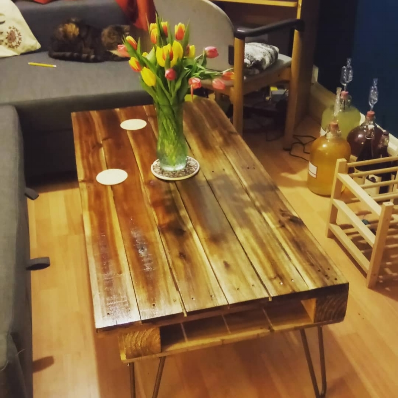 home made coffee table salvaged wooden pallets