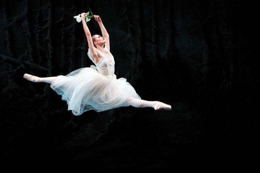 Hannah Fischer in  Giselle ; Canada's National Ballet School. Photo by Cylla von Tiedemann