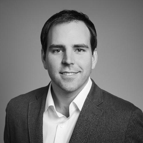 Travis Jarae - CEO, OWISpeaking onState of digital identity