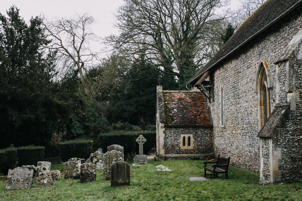 swyncombe-snowdrops-churchyard-oxfordshire-evanemeth_05.jpg