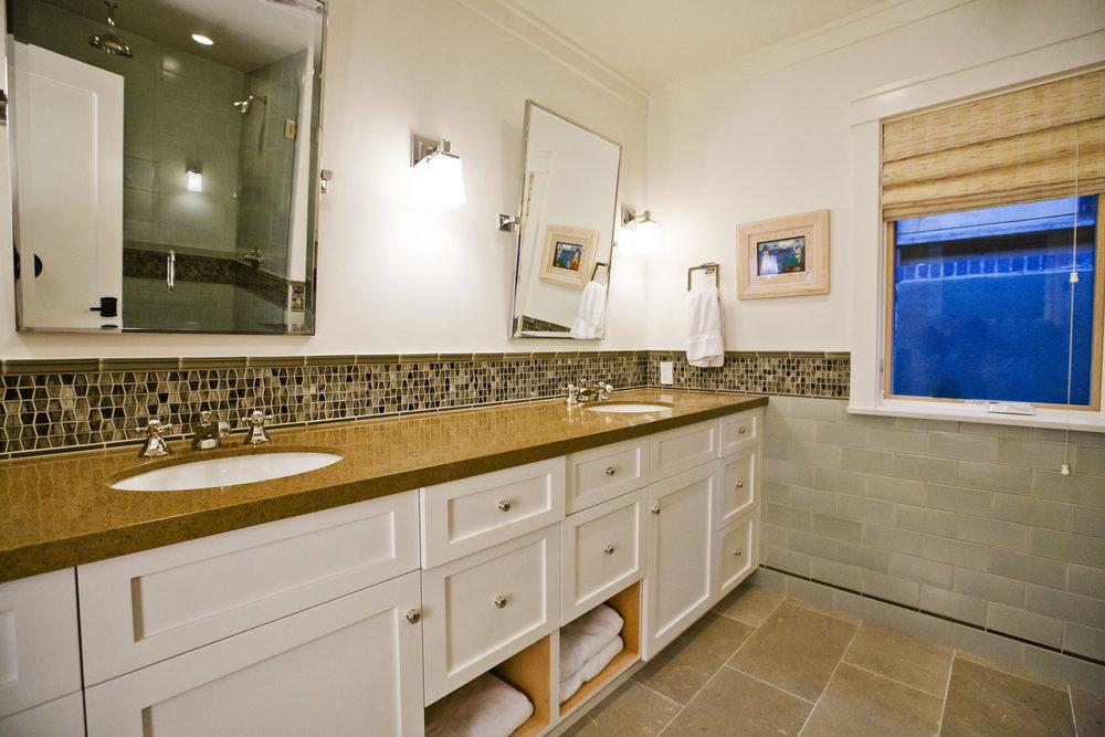 Bathroom-vanity-backsplash-Chelsea.JPG