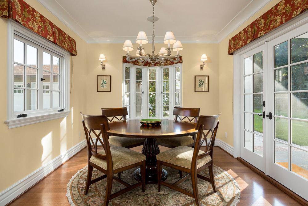 dining-room-chelsea-traditional.jpg