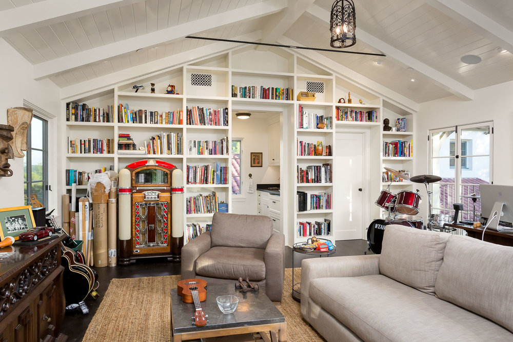 built-in-bookshelves-library-vaulted-ceiling-chelsea.jpg