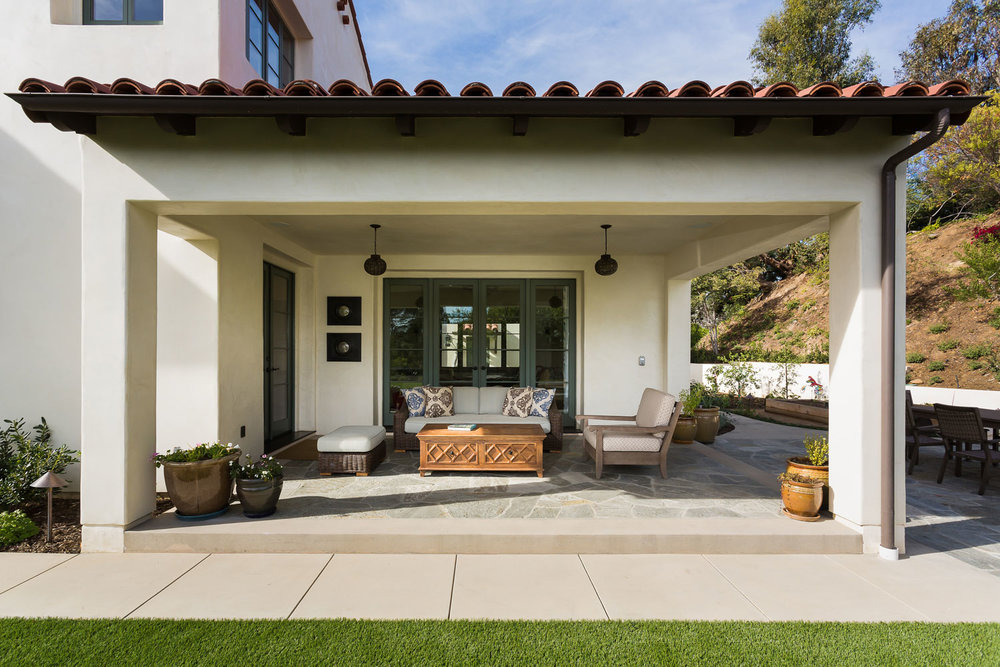 patio-side-chelsea-exterior-day.jpg