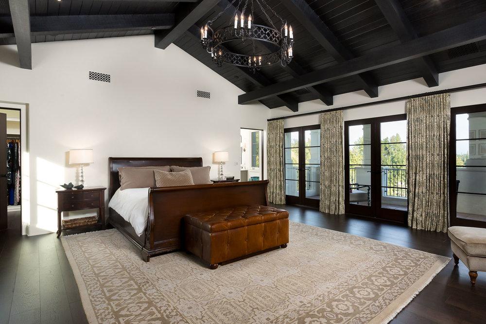 vaulted-master-bedroom-chelsea.jpg