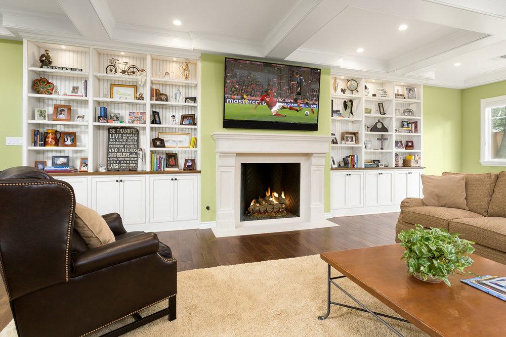 fireplace-livingroom-chelsea.jpg