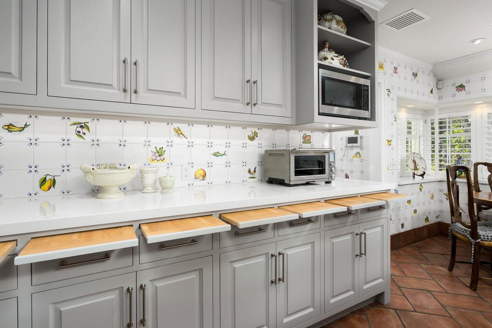 kitchen-cabinets-chelsea.jpg