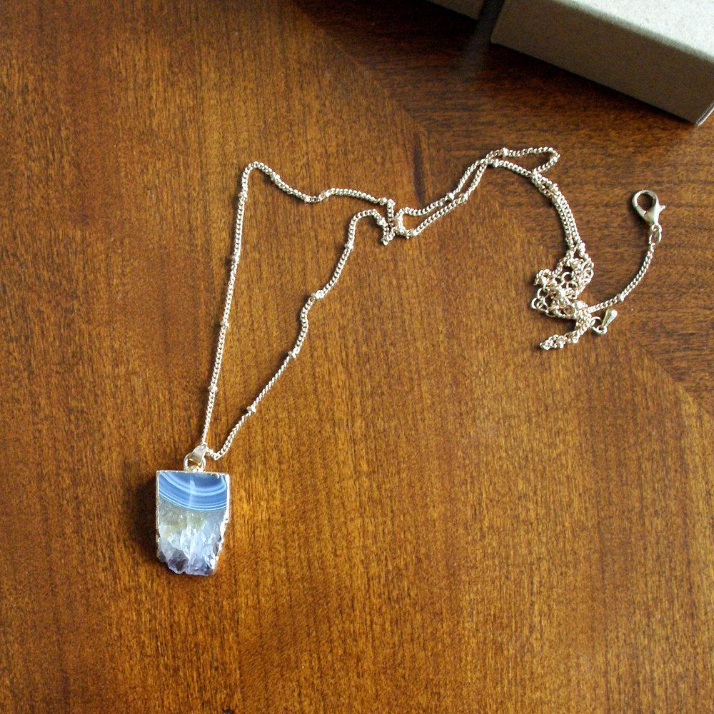 Item 9 - Geode necklace