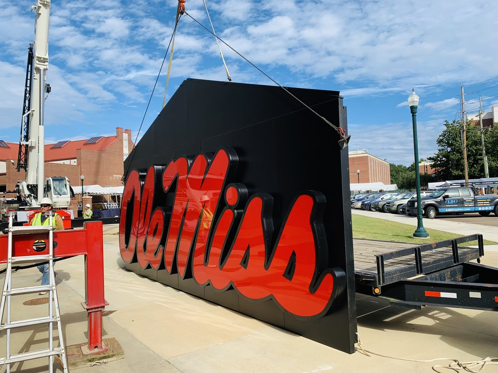 Ole-Miss_Dimensional-Logo-and-Letters_Illuminated-Sign_Stadium-Sign_LSIGraphics_Memphis-TN ..