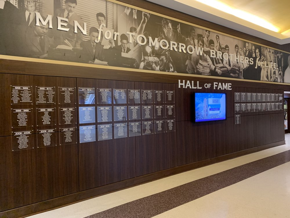 Christian-Brothers-High-School_Hall-of-Fame_After-Renovation_Interior-Branding_Dimensional-Letters_Acrylic-Prints_Architectural-Surfaces_LSIGraphics_Memphis-TN ..