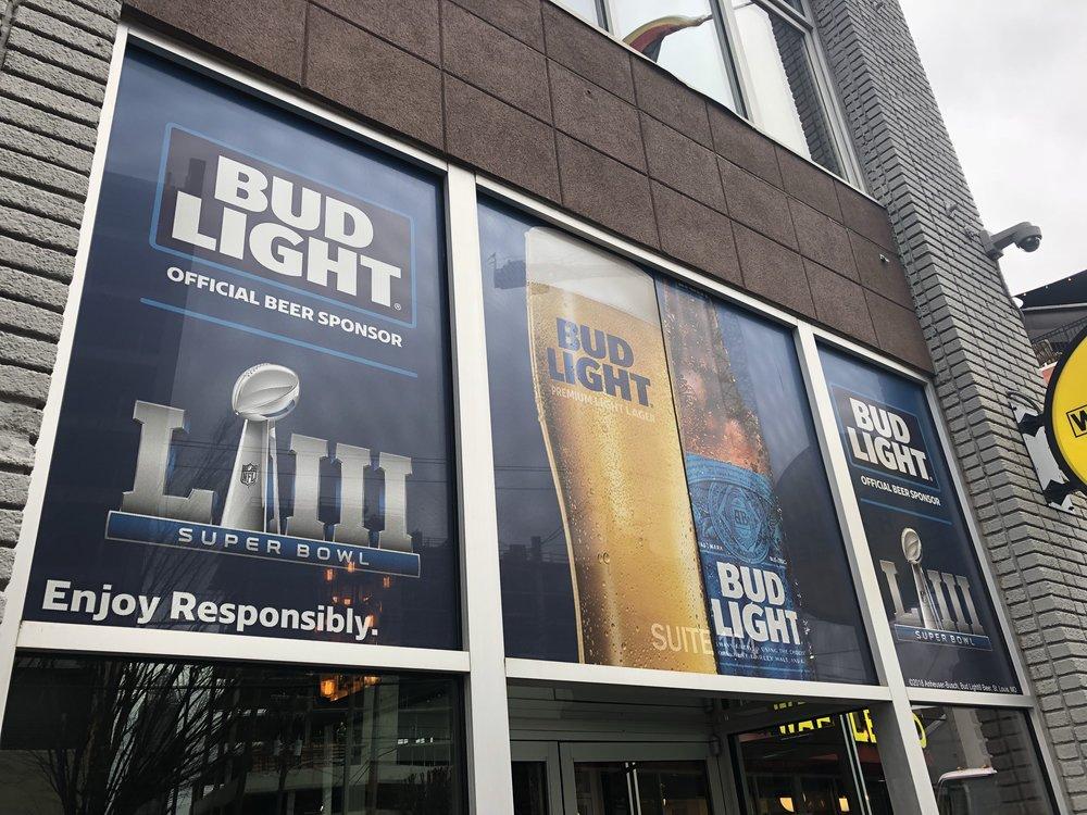 Anheuser-Busch-Super-Bowl-LIII_Twin-Smokers-Restaurant_Window-Graphics_Events_LSIGraphics_Atlanta-GA_2 ..