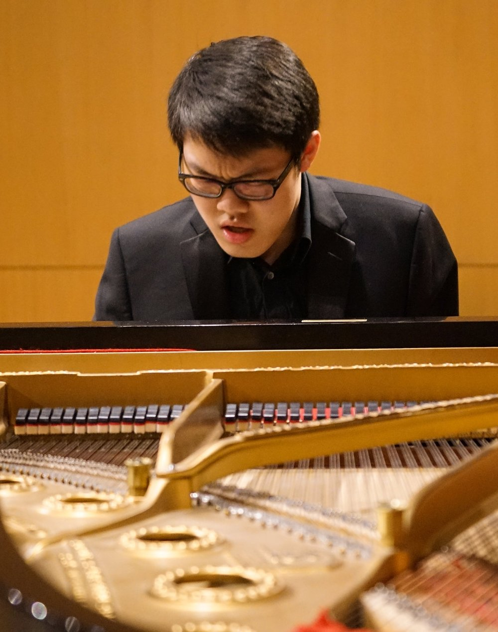 Yuchong Wu - November 13: BartókDecember 11: Mendelssohn
