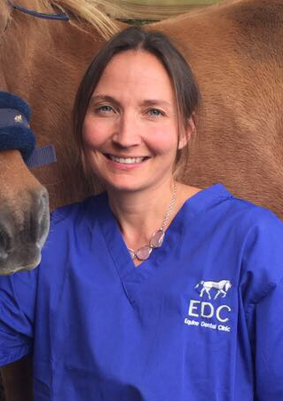Nicole du Toit  Equine Dental Expert  Nicole Du Toit works along with Chris Pearce as part of the Equine Dental Clinic. Nicole obtained her veterinary degree from University of Pretoria in South Africa in 2000 and a PhD in equine dentistry at the University of Edinburgh. In 2011 Nicole returned to South Africa and started up her own equine dental referral clinic. In 2013 she was part of the first group of vets to become a diplomat in the European Veterinary Dental College Equine sub-specialty. Nicole has numerous publications on equine dentistry and has lectured and tutored at many international veterinary congresses.
