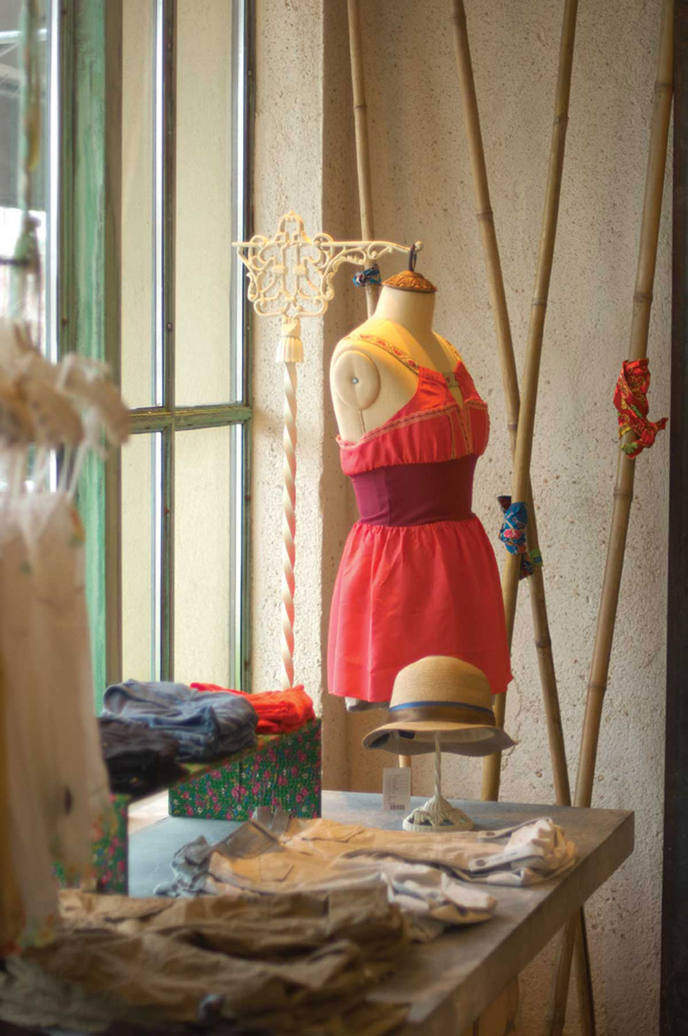 Free People   : From Craft to Standards