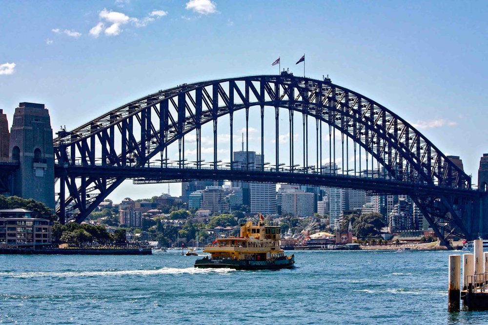 Sydney Bridge_Ferry.jpg