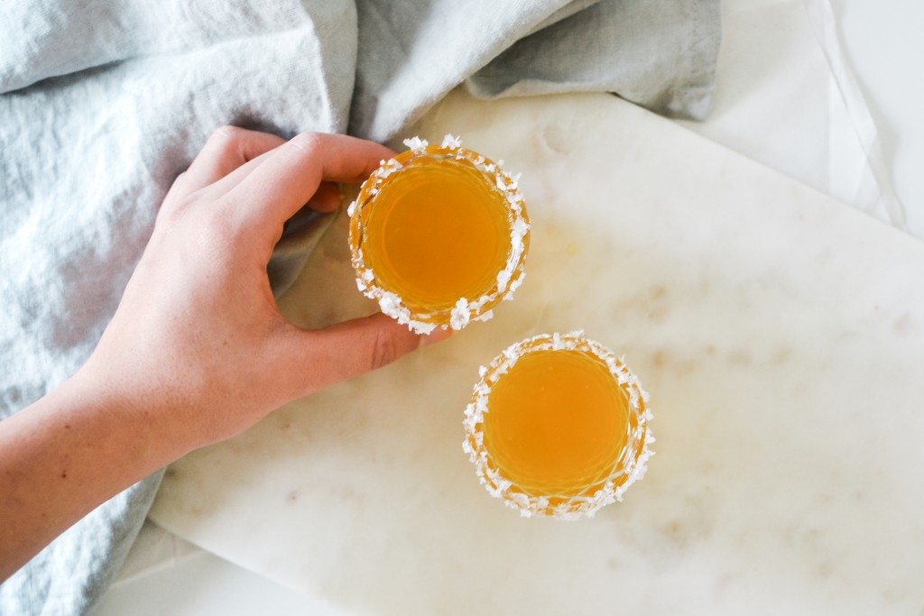 Clementine Marg Shot Glass Cocktail - Noodoso-6
