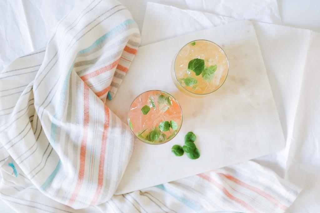 Sparkling Spring Cocktails with IZZE - Noodoso