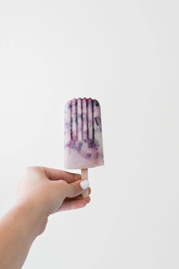 Blueberry Mint Coconut Popsicles - Noodoso