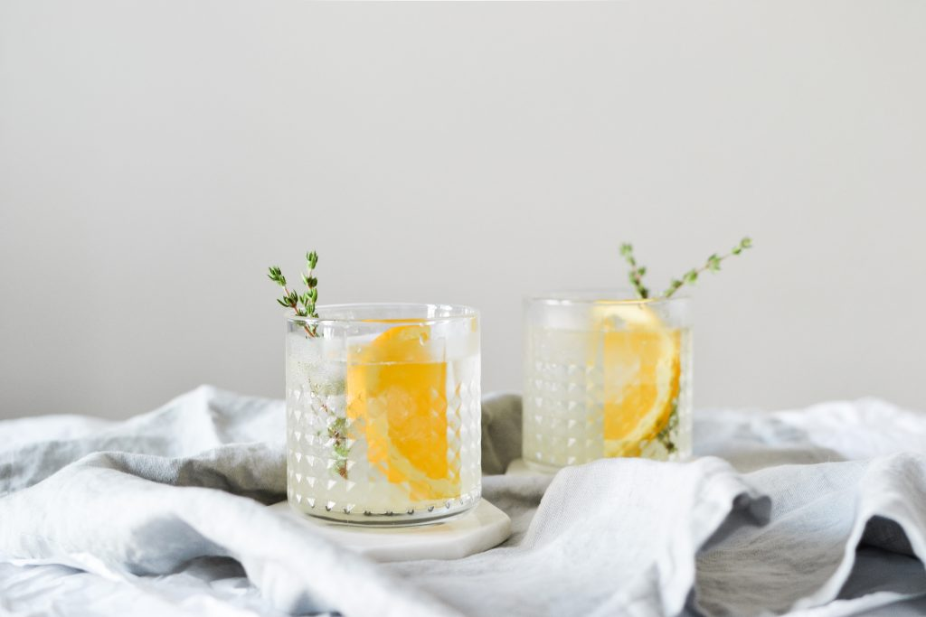 Orange Thyme Cocktail - Noodoso