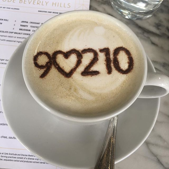 9♥️210 #beverlyhills #cafegratitude #restored #wellnessfortheheart