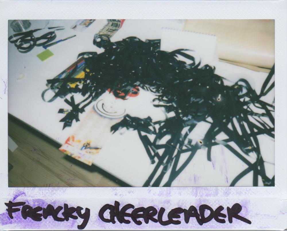 freackycheerleader.png