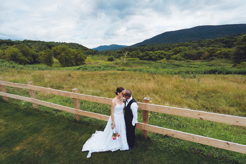 Anna&Chris_Kissing_Field_View_Vermont.jpg