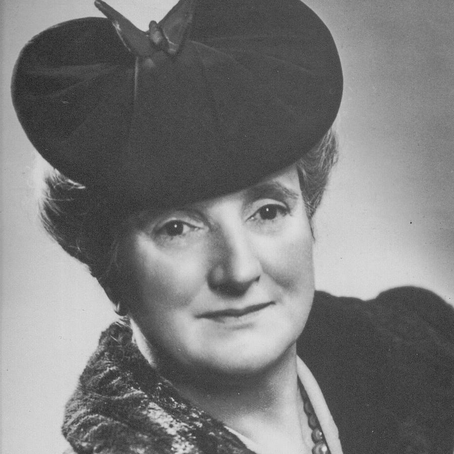 1942-43 Katherine Daly -.jpg