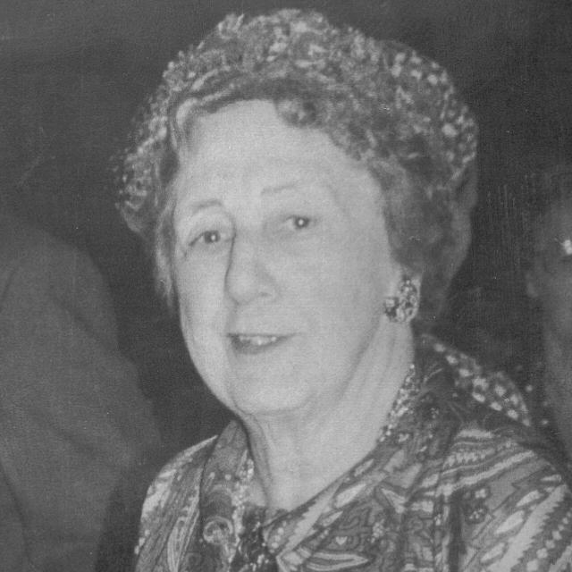 1948-49 Vida Peene -.jpg