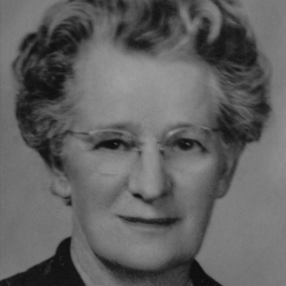 1950-51 Zoe Smith -.jpg