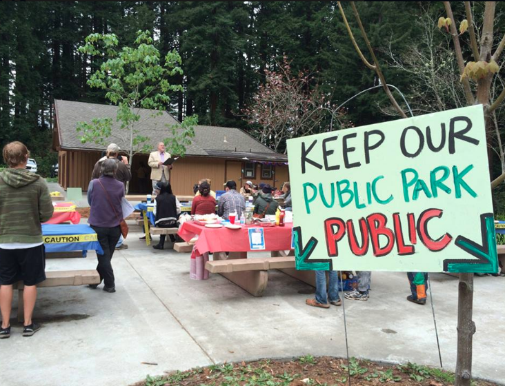 The Free Speech Barbecue - In 2015, HumRights applied for a permit to have a free barbecue in Redwood Park on April 20 to ensure that the City of Arcata would not close the park to prevent the annual gathering known as 420. While HumRights was taking no stand on the idea of legalization of marijuana, it was taking a definitive stand against any government closing access to a public space for the purpose of preventing a gathering of people, thereby violating their First Amendment right to assembly. Read a story about it here.