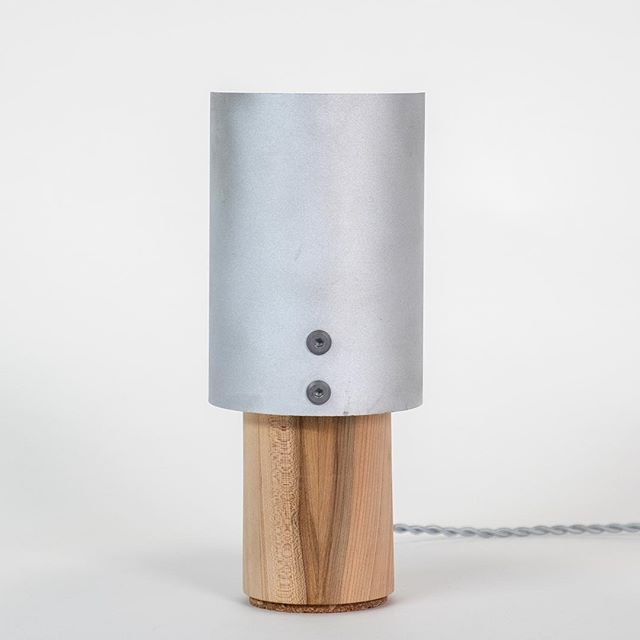 Twin table lamps in ambrosia maple and upcycled aluminium, the source of my obsession with cylinders lately. • • • • • #industrialdesign #industrialdesigner #makersgonnamake #makersmovement #woodworking #metalworking #designschool #letsdesigndaily #studentdesign #lighting #lamps #handmade #madeinmontreal