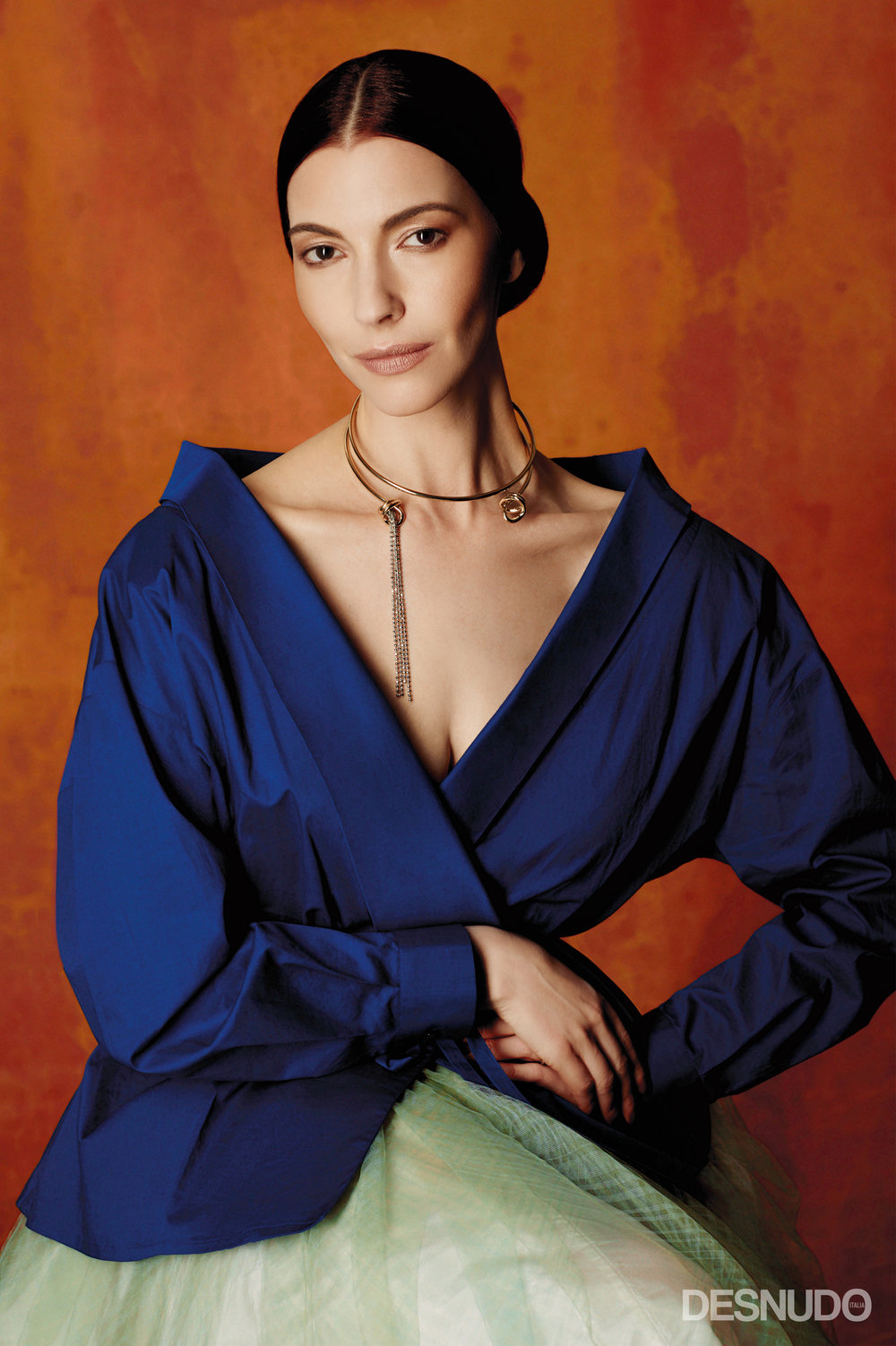 shirt  STELLA JEAN , skirt  MAISON LUIGI BORBONE , necklace  GIULIA MANCINELLI BONAFACCIA